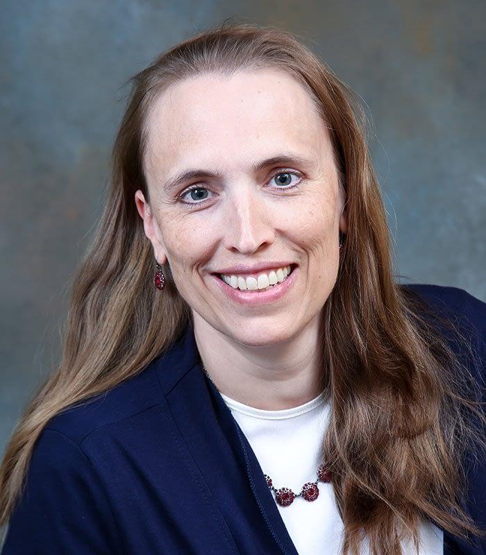 Lara Morris, N.P.-C